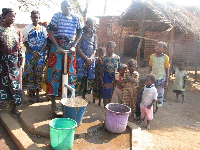 Wishing Wells: Kalipande Malawi sponsored by Shelby Shines On