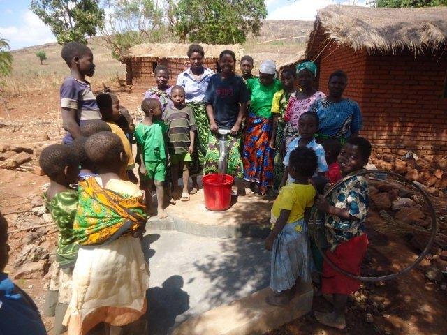 Wishing Wells: Mofati Malawi sponsored by Weirsma family